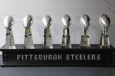 Six_SuperBowls_WEB__Trophys_104279.jpg